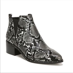 Bar III Gabby Black Snake Ankle Booties Boots Heel